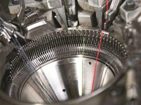 Broussaud va engager 1,7 million d'euros pour robotiser son usine de chaussettes.